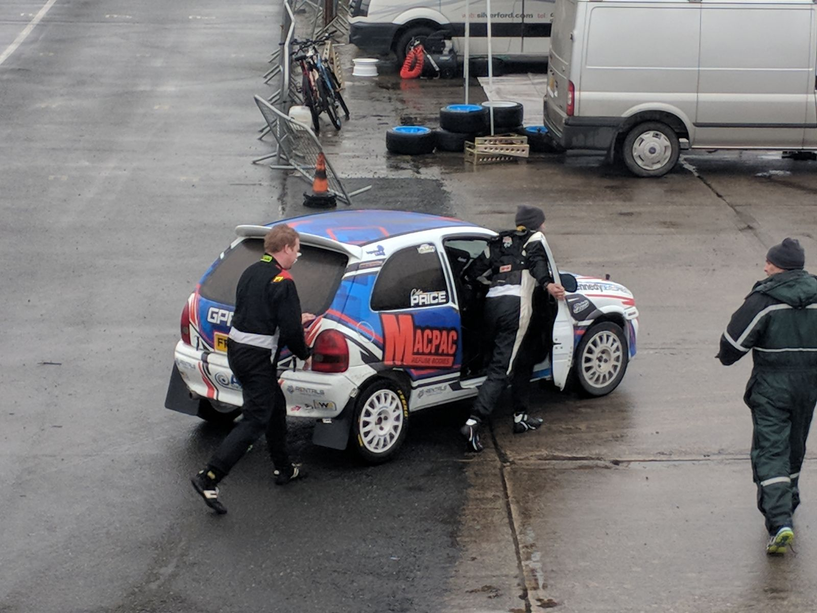 Colin Price pushed his car back into service after SS3.